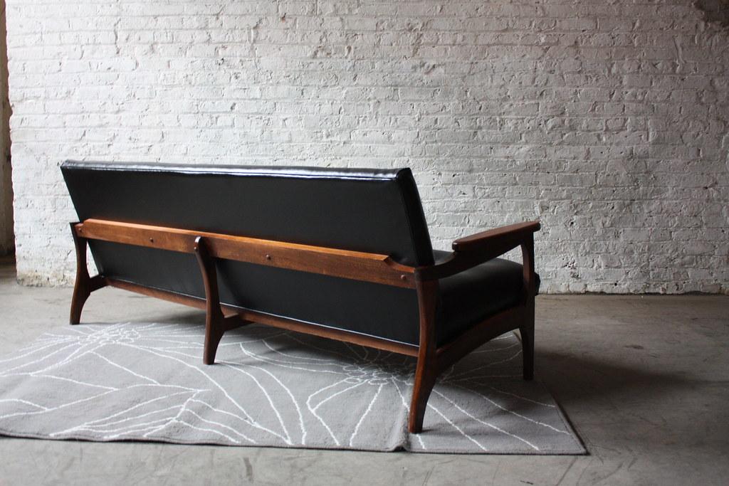 Killer Danish Modern Sofa W/ Sculpted Walnut Frame (1960u0027s) (Kennyk@k2modern