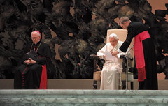 Rom_Papst Benedikt XVI_2 (SIGMA Deutschland) Tags: italien rom papst papstbesuch audienz papstbenediktxvi sigmaworldscout mariodirks sigmaourworldtour
