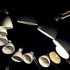 lichterl o (bleibt fr dich) Tags: light shadow museum square lampe licht angle kunst schaduw schatten lampen dunkelheit lifelike blickwinkel ansichtssache edithrusshaus kreislauf torstenlauschmann entdeckenmitdir kwadratisch