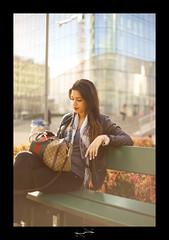 Belle Demoiselle a la dfense ('^_^ Damail Nobre ^_^') Tags: paris france color art love canon word french fun photography photo reflex europe photographie picture best fave franais francais photographe dfn damail borderfx francais wwwdamailfr