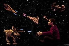 62/366 --- He loves PS (Mnica Quintana) Tags: photoshop stars star starwars lego space illusion fantasy montage fantasia estrellas wars 365 montaje legostarwars espacio ilusin 366 espai project365 estrelles project366