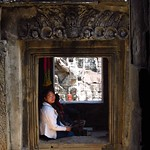 "Woman with Incense at Bayon <a style=""margin-left:10px; font-size:0.8em;"" href=""http://www.flickr.com/photos/14315427@N00/6966992152/"" target=""_blank"">@flickr</a>"