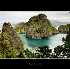 Kayangan Lake (llhyz) Tags: lake philippines coron soe palawan greatphotographers flickraward doubleniceshot flickraward5 ringexcellence dblringexcellence tplringexcellence eltringexcellence