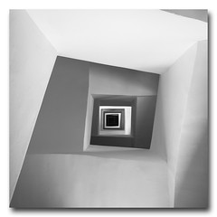 (jose.singla) Tags: light shadow bw españa white black byn blanco luz monochrome canon negro sigma sombra minimalism espiral 18200 50d joseantoniogimenez