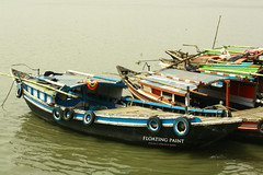 Colorful boat (Oswald King) Tags: canon boat colorful kolkata ganga 2012 ganges dakshineswar 55250mm 1000d