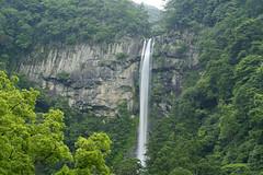 The Nachi Falls (sim_limited) Tags: green water woods outdoor falls nachifalls pentaxlife pentaxart pentaxflickraward pentaxawards worldheritagekumano kodowakayamajapan
