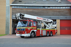YS02YDR (Emergency_Vehicles) Tags: rescue station fire volvo platform aerial service ladder 12 fm alp doncaster