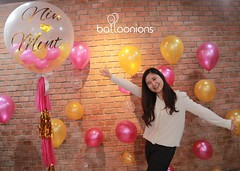 ขอบคุณรูปน่ารักๆจาก P'Jento นะคะ จัดเซอร์ไพร์สให้เพื่อนเลิฟแต่งงาน หวานมั่กๆ ใครอยากจะมีโมเม้นต์แบบนี้ไลน์มาหาได้เลย เราบริการส่งถึงที่เลยค่ะ 😆🎈  Happy Wednesday ka  #balloonions