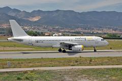 EC-LQL Airbus A.320-232 Vueling AGP 15-04-16 (PlanecrazyUK) Tags: costadelsol malaga agp vueling 150416 airbusa320232 lemg eclql malagacostadelsolairport