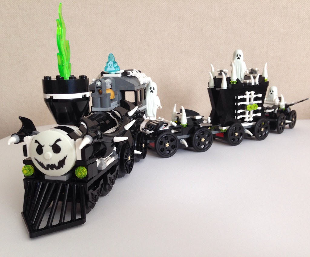 ghost train nz brickfan tags halloween train lego ghost afol monsterfighters - Lego Halloween Train