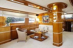 Salon - Kiralk Yat (DHYACHTING) Tags: moon silver dh silvermoon mavi yat gulet tekne yolculuk yelkenli kiralk yeme tatili teknesi ime haftalk kiralama turlar yatlk gvertede