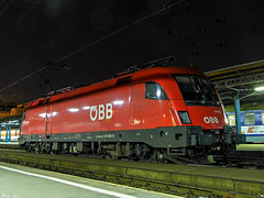 BB 1116 036 (boti_marton) Tags: night lumix europa hungary budapest siemens panasonic locomotive taurus bb dmc magyarorszg keletiplyaudvar 1116 eurosprinter lz20 es64u2 class1116