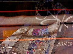 em obras #4... (bruce grant) Tags: tag cartazes obras tela novaiorque tapume rasgados