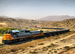 Ferronor, Valle del Huasco. (DeutzHumslet) Tags: chile canon tren gm atacama locomotive slug hierro sx20 emd 2808 freirina huascovalley valledelhuasco ferronor sd49 ringexcellence dblringexcellence tplringexcellence uts288 eltringexcellence exalaskarailroad2808