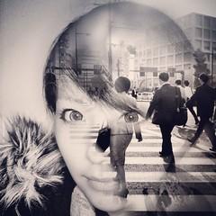 City dreams / just iPhone (Alvaro Arregui) Tags: pictures street uk greatbritain urban london mobile lens gente crossprocess movil filter fotos falcon londres mobilephone urbano alvaro freeman iphone iphonography alvarofreeman iphoneography hisptamatic