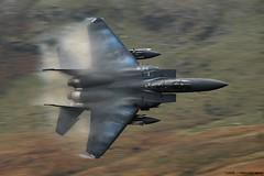 F-15E Strike Eagle (lloydh.co.uk) Tags: west wales flying nikon ribbons eagle low fluff nikkor 70300mm usaf vr cad 48th unitedstatesairforce dolgellau lakenheath f15e f15estrikeeagle machloop d80 494th 492nd lfa7