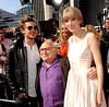Zac Efron, Danny DeVito y Taylor Swift