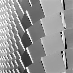 fassade (loop_oh) Tags: abstract facade silver grey pattern grau australia adelaide australien southaustralia commonwealth downunder fassade abstrakt silber