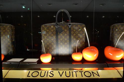 Vitrines Louis Vuitton - Paris & Amsterdam, février 2012