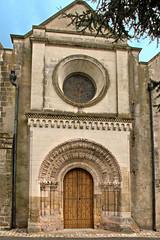 Saint-Martin-le-Beau (Indre-et-Loire) (sybarite48) Tags: door church puerta iglesia kirche chiesa igreja porta porte glise kerk tr deur maineetloire kilise koci drzwi       kap    saintmartinlebeau