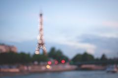 Sparkling (UnCoinDuCiel | Andrée René) Tags: lumières lights city ville paris france toureiffel bokeh europe