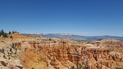 Bryce Hike 2 (Aggiewelshes) Tags: travel mountains landscape utah scenery phone hiking may redrocks brycecanyon s6 brycecanyonnationalpark 2016 queensgardenloop ugic ugic2016