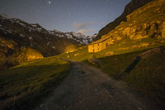 Camminando al lago (Mauro_Amoroso) Tags: lake nature night star nikon nationalgeographic waterscapes natgeo nital nikonlandscape malciaussia nikonitalia lagomalciaussia igerspiemonte igpiemonte igpiedmont volgopiemonte mauroamorosoadventures