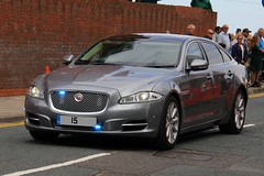 Metropolitan Police Unmarked Jaguar XJ Portfolio Royalty Protection Group (PFB-999) Tags: car day group police national covert vehicle leds service jaguar portfolio met saloon protection metropolitan royalty cleethorpes forces grilles unit armed xj unmarked mps 2016 fendoffs