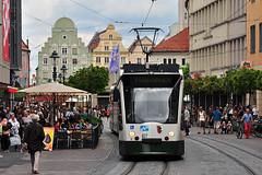 Siemens Combino #827 AVG Augsburg (3x105Na) Tags: germany bayern deutschland siemens tram augsburg strassenbahn tramwaj avg combino 827 niemcy