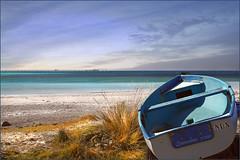 ....verso il mare.... (leon.calmo) Tags: canon barca mare toscana livorno rosignano eos50d spiaggebianche bestcapturesaoi leoncalmo