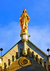 Marie Mère des croyants (Pierre Éthier) Tags: sculpture femme amour paix religieux méditation top20blue nikond3oos