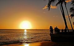 """""""The Terminal Beach"""" (jcc55883) Tags: ocean sunset sun silhouette hawaii nikon waikiki oahu horizon pacificocean waikikibeach yabbadabbadoo d40 sheratonwaikiki graysbeach nikond40"""