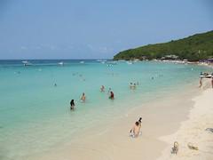 More Beautiful White Sand Beach, Coral Island - Ko Lan, Pattaya, Thailand (Bencito the Traveller) Tags: beach thailand whitesand pattaya kolan coralisland