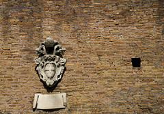 "Mura Aureliane • <a style=""font-size:0.8em;"" href=""http://www.flickr.com/photos/89679026@N00/6969680541/"" target=""_blank"">View on Flickr</a>"