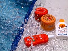 it's summer ☀ (D o 7 ε) Tags: summer sun water pool bronze swim tan cream papaya malibu swimmingpool carrot tanning pooling swemming