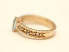 透かし模様が美しいアクアマリンの指輪  Aquamarine and diamond Ring (jewelrycraft.kokura) Tags: aquamarine 指輪 pinkgold ダイヤモンド k18 アクアマリン ピンクゴールド ダイヤ ゆびわ 透かし 18金