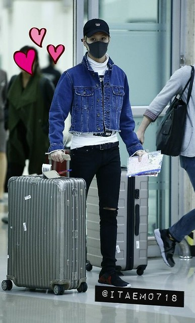 160504 Taemin @ Aeropuerto Gimpo {Llegada a Corea} 26749930132_e53cca94f4_z