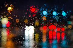 Rainy Nights (PhillymanPete) Tags: trafficlights color philadelphia car rain night lights us nikon unitedstates bokeh pennsylvania windshield raindrop bokehballs d7200