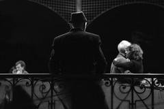 (Claudio Blanc) Tags: street blackandwhite bw blancoynegro argentina night buenosaires streetphotography bn tango fotografianocturna fotografiacallejera