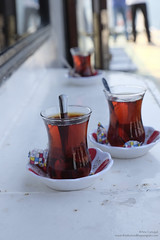 Turkish tea anyone? (Alcu3- www.thisthatandthepassport.com) Tags: hot ferry dof tea drink spoon sugar sugarcube te stir refreshing cubo turkish azucar bebida blacktea cuchara