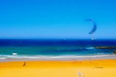LOS PRIMEROS JUEGOS DEL VERANO (marthinotf) Tags: mar airelibre juegodeverano cometas marcantabrico cantabrico espaa composicin edicinespecial luzdeespaa cantabra