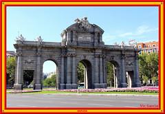 Puerta de Alcal, Madrid (vicbrasil) Tags: barcelona madrid people men children spain women bilbao zaragoza santiagodecompostela montserrat oviedo sansebastian pamplona santillanadelmar