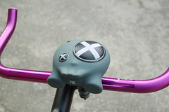 DSC_0124Boombotix BB2 Bike speaker with handlebar mount (Boombotix) Tags: sanfrancisco speaker leader fixie fixedgear bluetooth roadbike minispeaker bikemusic travelspeaker bikespeaker