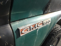 GMC 930 badge (dave_7) Tags: detail truck 4x4 fender badge suv gmc 930 chassic