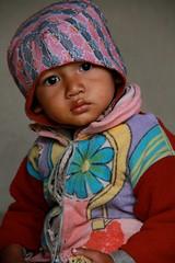 Enfant Tharu  child ethnie tribe Nepal (Philippe Guy) (guy philippe) Tags: voyage travel nepal asia child asie tribe rana enfant népal tribu travelphotography ethnie tharus canon7d philippeguy