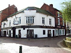 212  The Vaults, Rugeley (robertknight16) Tags: locals pubs