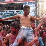 "Holi <a style=""margin-left:10px; font-size:0.8em;"" href=""http://www.flickr.com/photos/14315427@N00/6986201995/"" target=""_blank"">@flickr</a>"