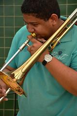 Trombone (Larissa Siqueira) Tags: de perfil trombone fotografia marlon barros vara siqueira espontanea liedja