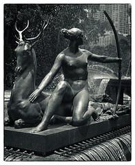 Diana, Goddess of Purity (TOXTETH L8) Tags: france french greek sydney australia newsouthwales hydepark archibaldfountain worldwar1 francoissicard citymonochromic