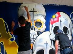 Nuit des muses (Doonia31) Tags: muse auch gers nuit soire graffiti tag squelette art rue fresque artistes crane peinture